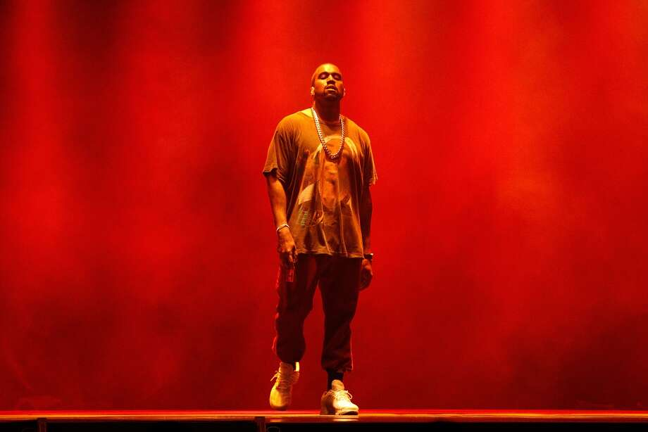QUEENS, NY - OCTOBER 02: Kanye West performs during The Meadows Music & Arts Festival at Citi Field on October 2, 2016 in Queens, New York. (Photo by Taylor Hill/Getty Images for The Meadows)