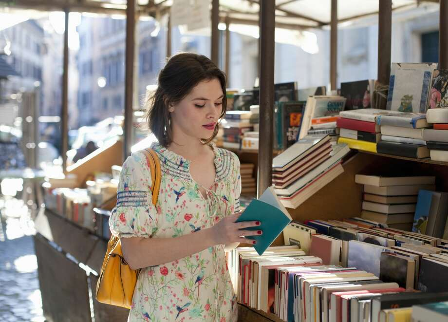 Don't expect big deals on books. Books, movies and music are discounted an average of 12-percent. Photo: Kathrin Ziegler/Getty Images