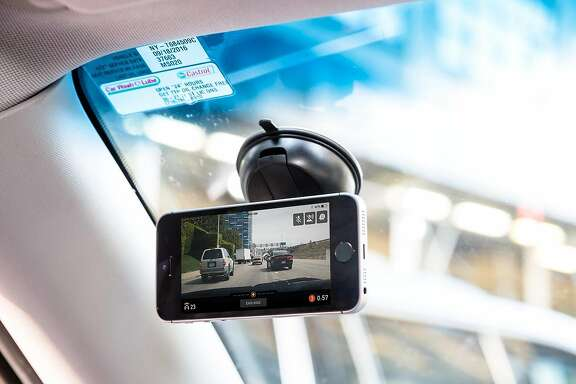 Nexar's dashcam app runs on smartphones mounted to car windshields. It features real-time warning of dangers, both for the driver in the car and nearby drivers in Nexar's network.