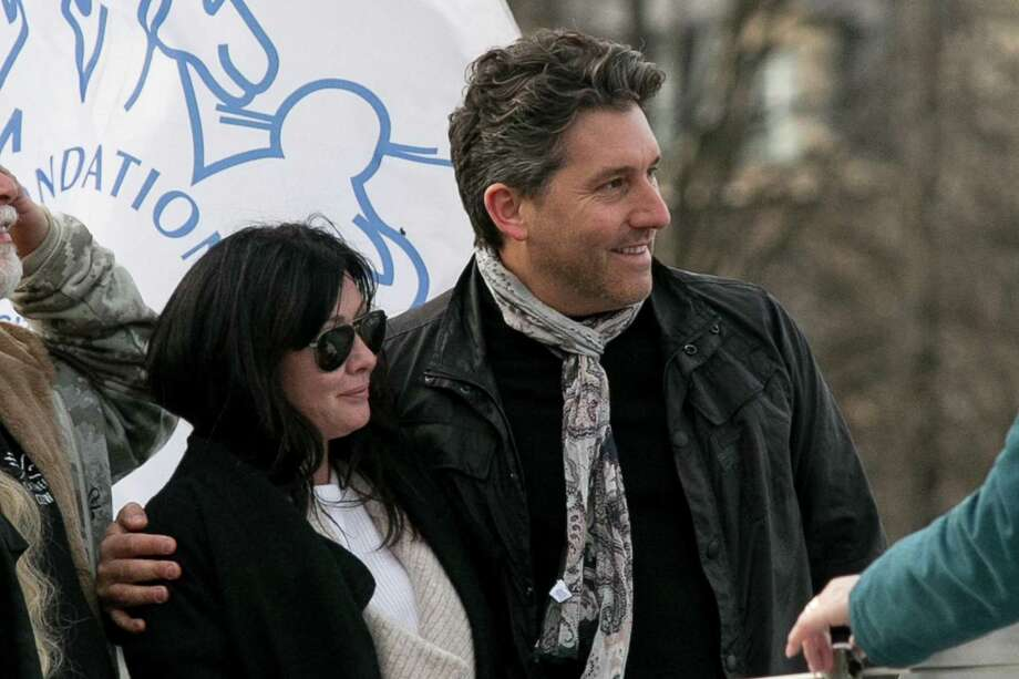PARIS, FRANCE - FEBRUARY 23:  Actress Shannen Doherty and Chris Cortazzo are seen on the 'Sea Shepherd' boat on February 23, 2015 in Paris, France.  (Photo by Marc Piasecki/GC Images) Photo: Marc Piasecki / GC Images / 2015 Marc Piasecki