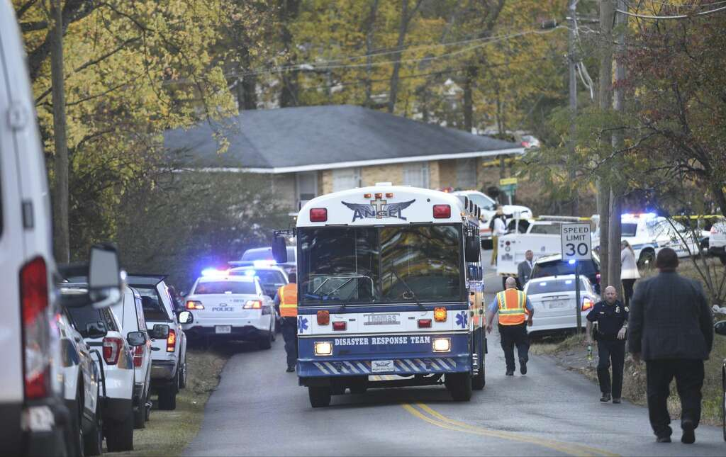 Official 6 dead in Chattanooga elementary school bus crash SFGate