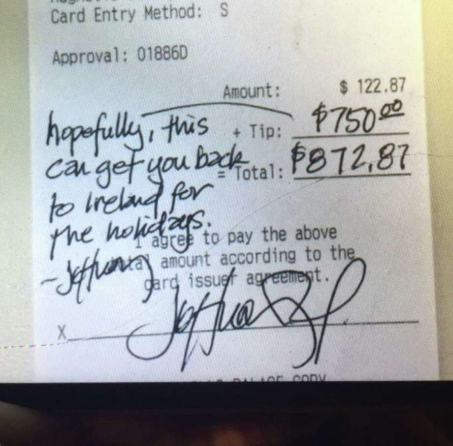 Houston-resident Taryn Keith shared a photo of a receipt her boyfriend received from a very generous customer Saturday night. Photo: Facebook / Taryn Keith