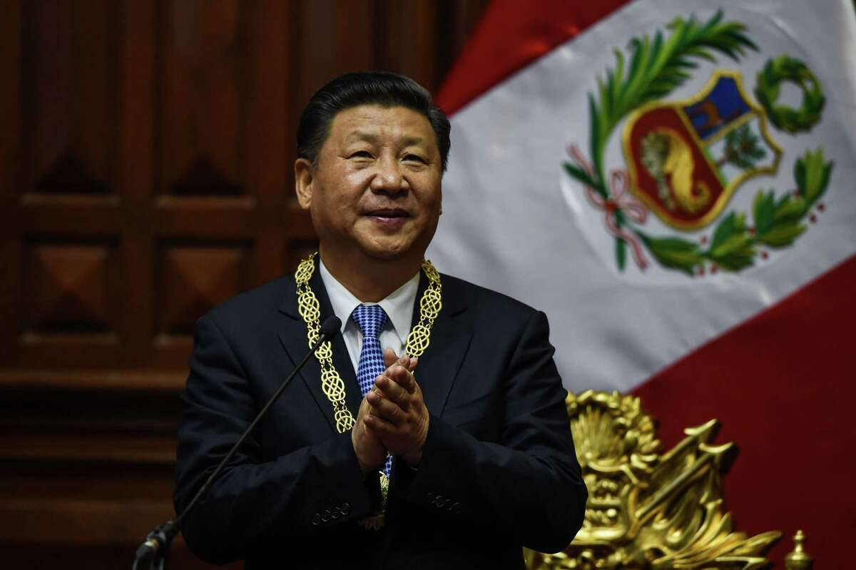 """Chinese President Xi Jinping: """"China will not shut its door to the outside world but open more."""""""