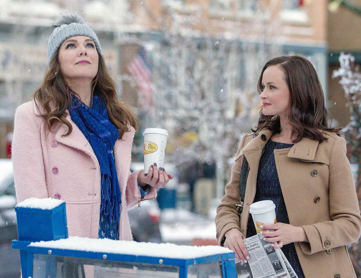 """Lorelai (Lauren Graham) and Rory (Alexis Bledel) are back for """"Gilmore Girls: A Year in the Life,"""" on Netflix."""
