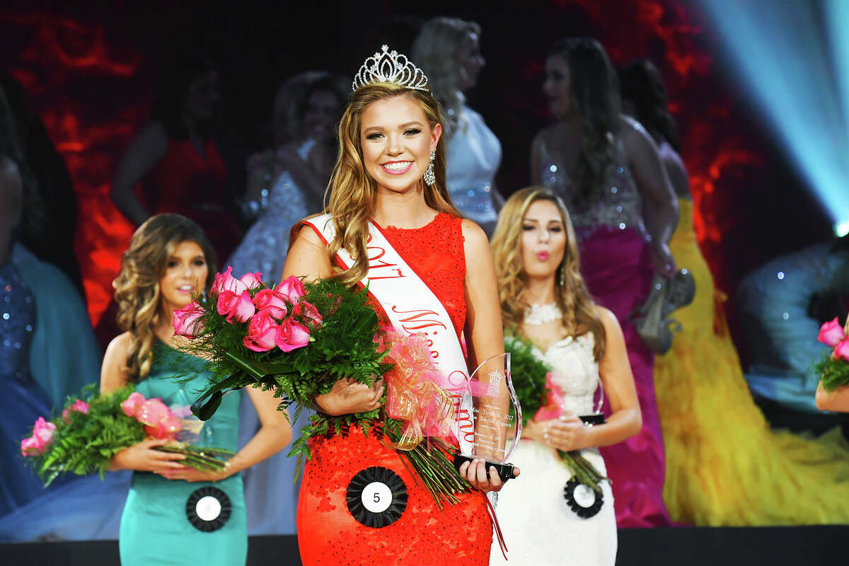 The new 2017 Miss Tomball Kyla Hall.