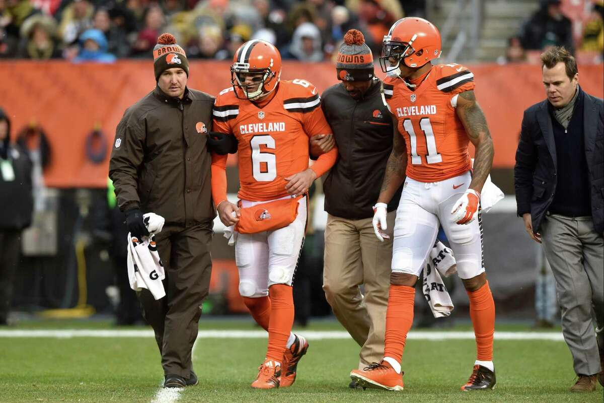 32. Cleveland 0-11 | Last week: 32 The winless Browns closed last season 1-10. That means they are 1-21 over the last two seasons. Their next game is against the 7-3 Giants.