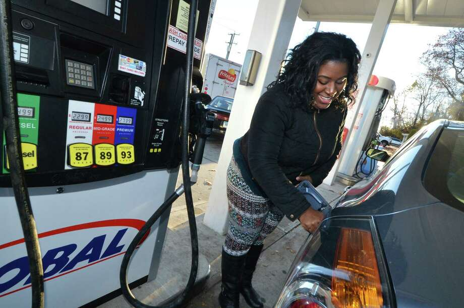 Click through the slideshow to see the best and worst days of the week to buy gas, according to a study released by GasBuddy. Photo: Alex Von Kleydorff, Hearst Connecticut Media / Connecticut Post