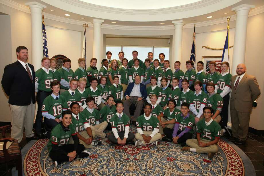 The Woodlands JV White Team visited former president George H. W. Bush at his office on Monday.