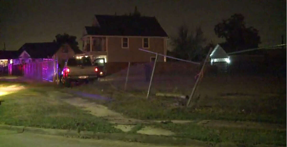Two men are in custody and another is on the run after they led police on a chase in a stolen pickup about 12:10 a.m. Wednesday, Nov. 23, 2016, in southeast Houston. (Metro Video)