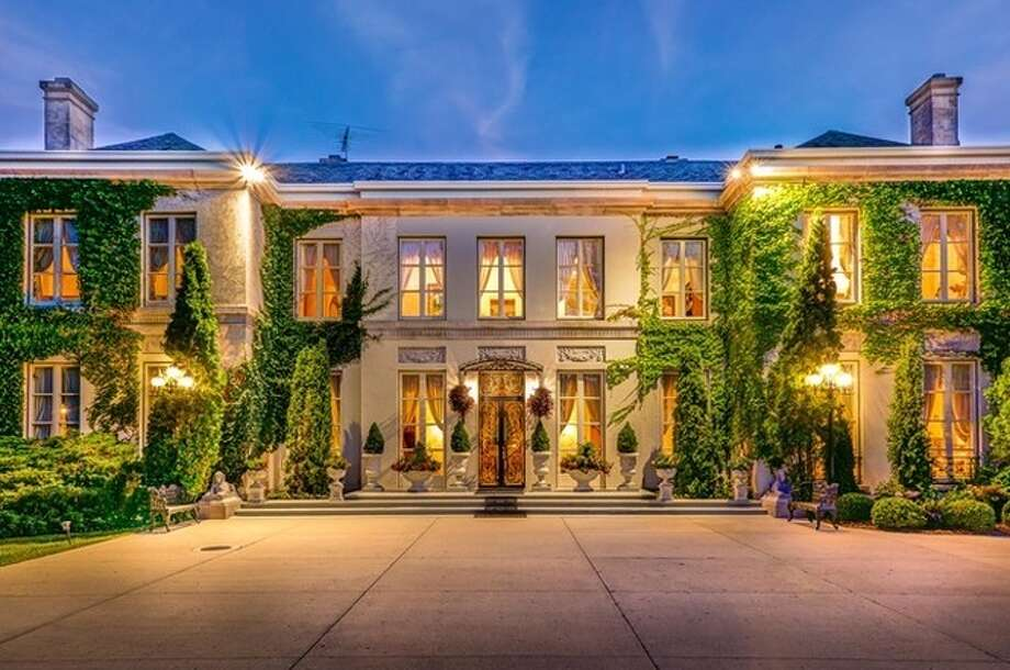 The mansion that Morton Salt Company built in Lake Forest, Ill. Photo: Top Ten Real Estate Deals