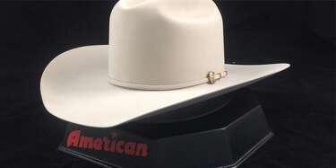 9244dba2b Donald Trump getting custom cowboy hat from Texas' American Hat ...