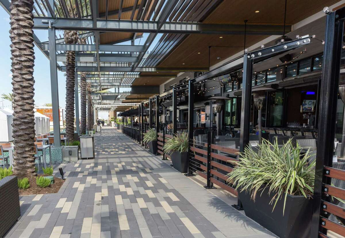 November 21, 2016: The expansion plan includes a long open-air corridor with restaurants at Baybrook Mall in Friendswood, Texas. (Leslie Plaza Johnson/Freelance)