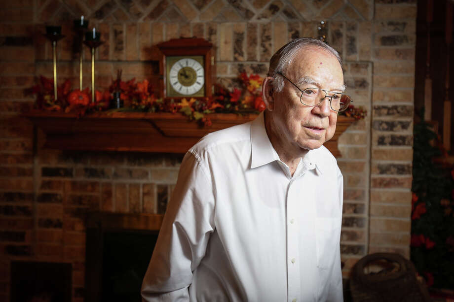 Former pastor Herbert Graf poses for a portrait on Friday, Nov. 18, 2016, at the Graf household in Conroe. Photo: Michael Minasi, Staff / © 2016 Houston Chronicle