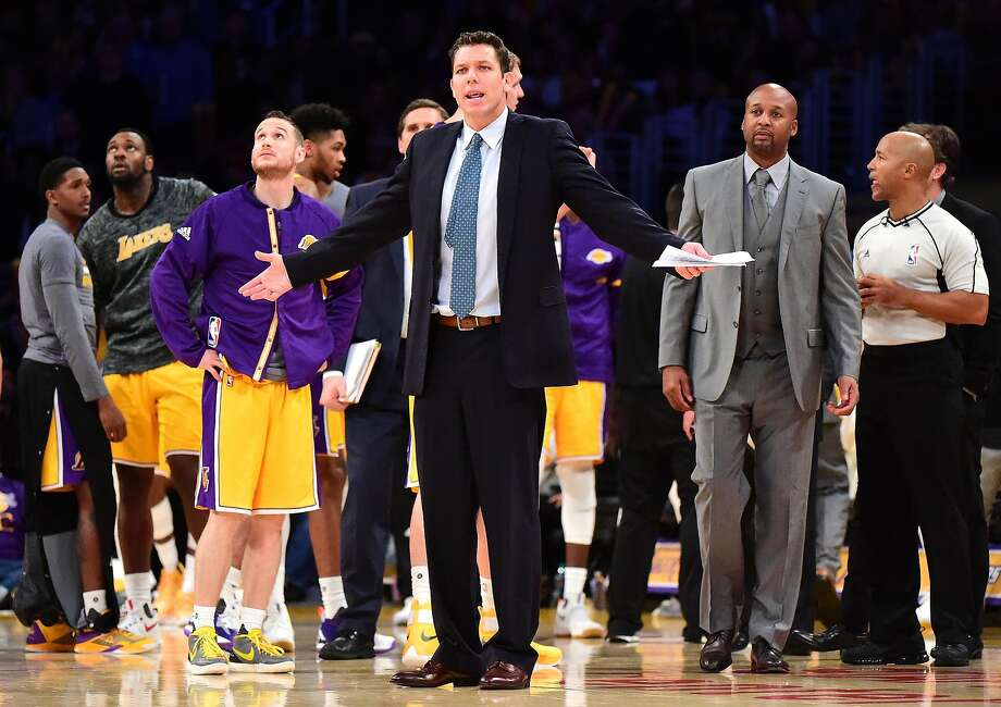 LOS ANGELES, CA - NOVEMBER 22:  Luke Walton of the Los Angeles Lakers reacts to a call during a 111-109 win over the Oklahoma City Thunder at Staples Center on November 22, 2016 in Los Angeles, California.  NOTE TO USER: User expressly acknowledges and agrees that, by downloading and or using this photograph, User is consenting to the terms and conditions of the Getty Images License Agreement.  (Photo by Harry How/Getty Images) Photo: Harry How, Getty Images