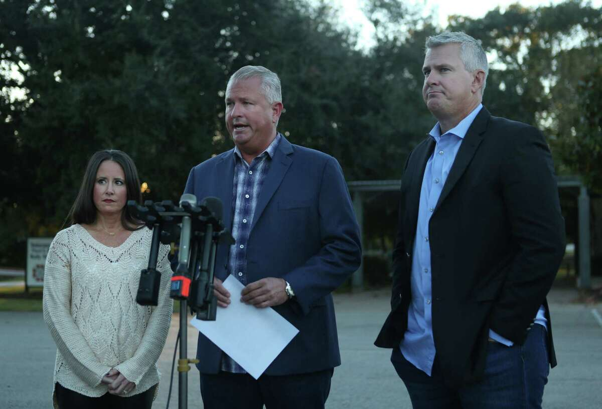 David Temple's brothers, Darren, center, and Kevin Temple, along with Kevin's wife, Rebecca, hold a news conference in Katy on Wednesday.