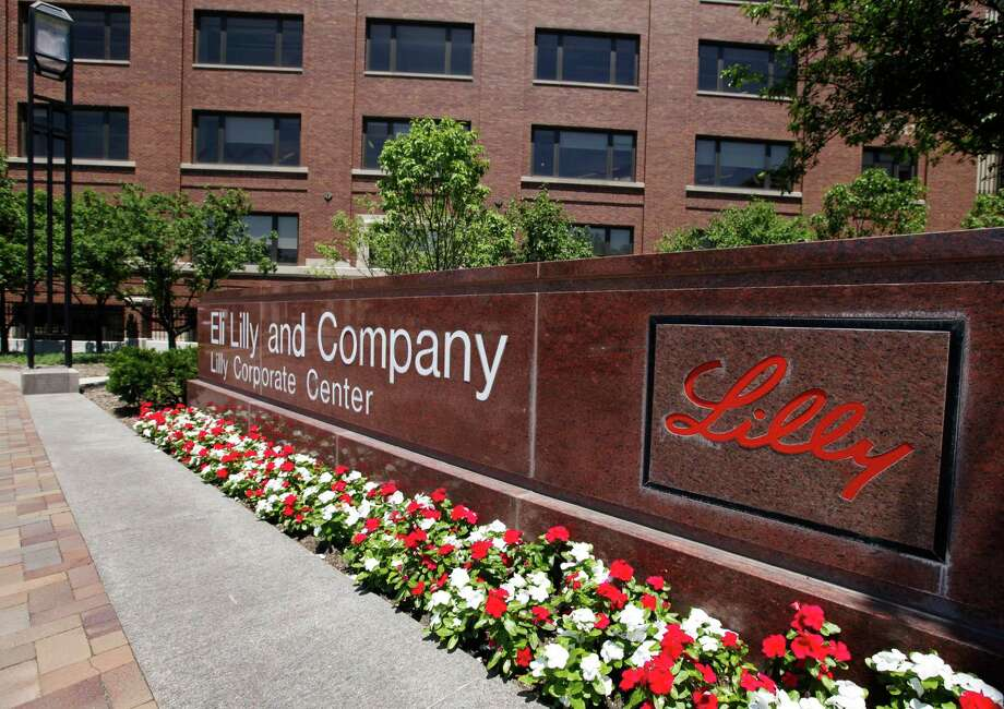 """""""We're continuing to go forward. It's just not as fast as we would like"""" in the fight against Alzheimer's, said one of Eli Lilly's researchers, Dr. Eric Siemers. The drugmaker's headquarters is in Indianapolis.  Photo: Darron Cummings, STF / AP2011"""