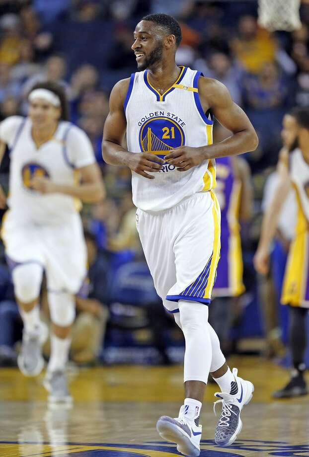 Golden State Warriors' Ian Clark smiles after hitting a 4th quarter 3-pointer during Warriors' 149-106 win over  Angeles Lakers during NBA game at Oracle Arena in Oakland, Calif., on Wednesday, November 23, 2016. Photo: Scott Strazzante, The Chronicle