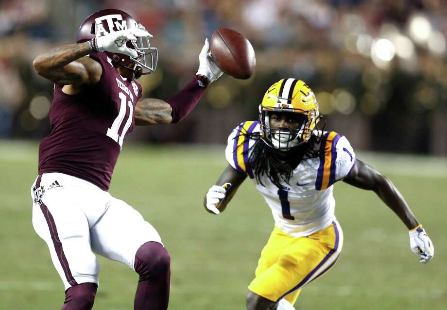Texas A&M wide receiver Josh Reynolds (11) has drawn interest from the Steelers and Ravens ahead of this week's NFL Draft. Photo: Brett Coomer, Houston Chronicle / © 2016 Houston Chronicle