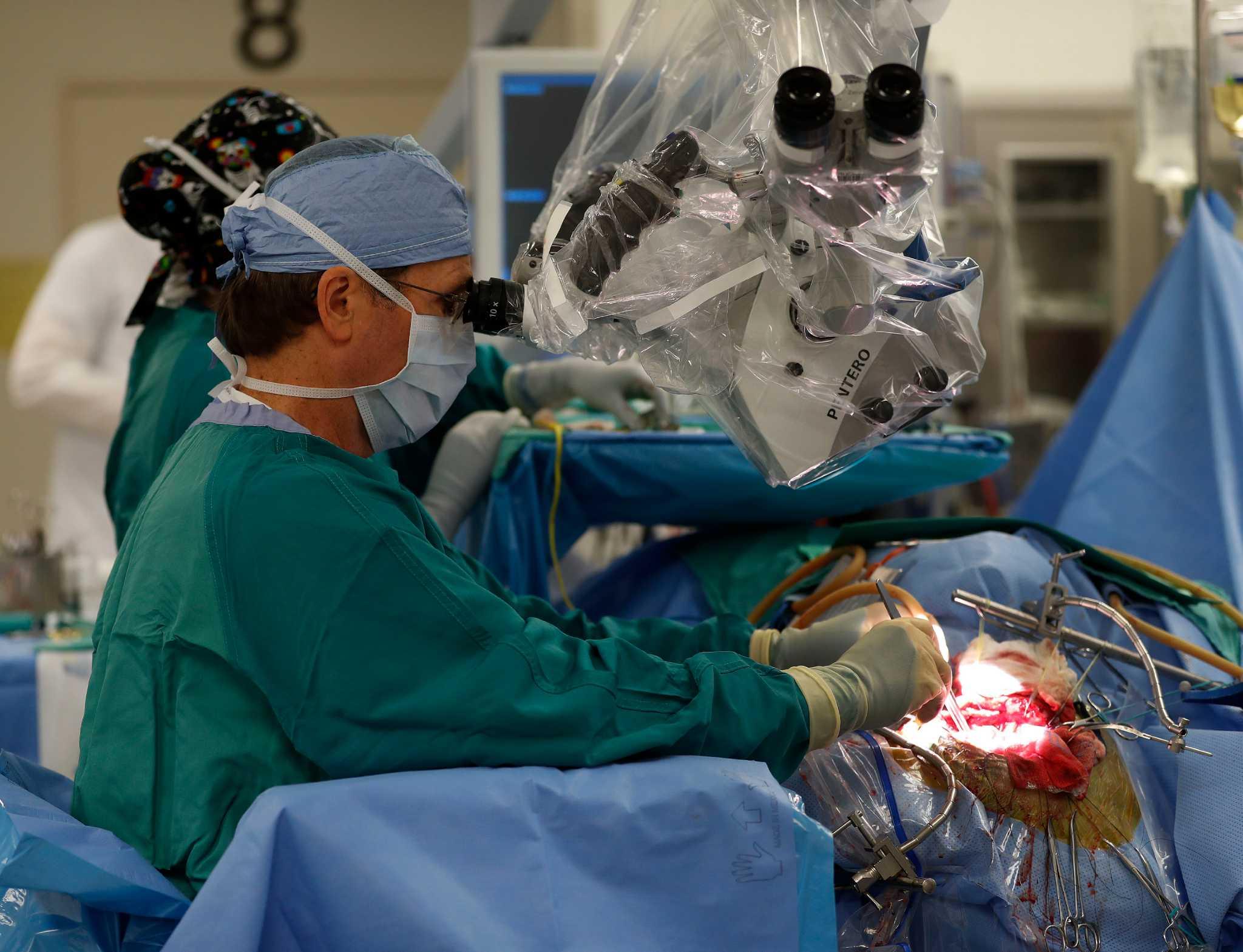 Houston Methodist surgeon one of few U S  doctors who dares