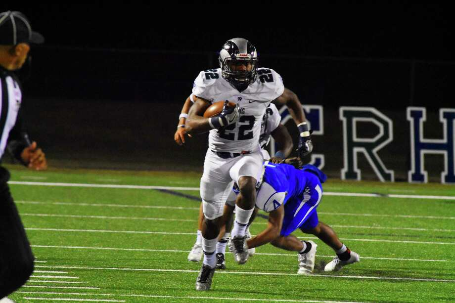 Cy Ridge will look for another big game from senior Trelon Smith, who rumbled for 356 yards and five TDs last week. Photo: Tony Gaines / HCN