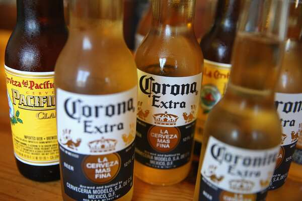 The late founder of beer empire Corona is at the center of another online hoax.