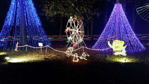 The Christmas Ranch.Christmas Ranch In Cleveland Brightens Holiday Spirit