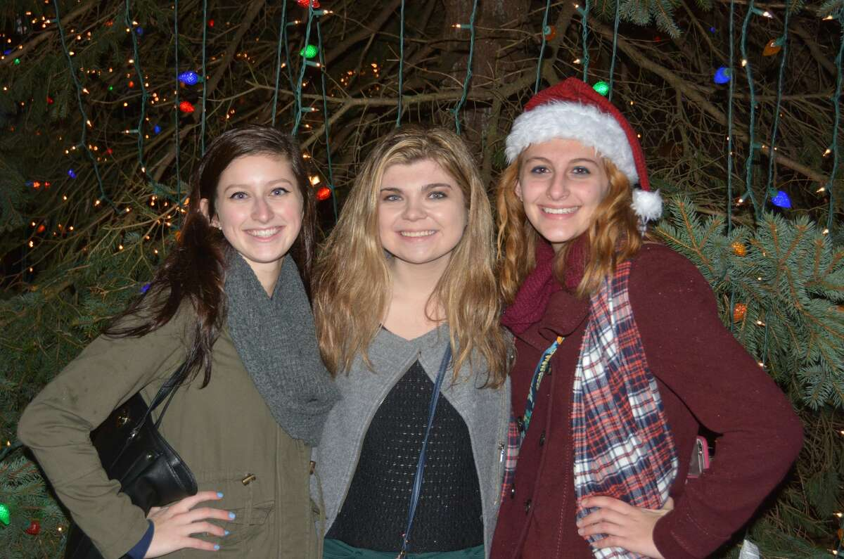 The 2016 Milford Festival of Lights and Tree lighting took place on November 25, 2016. Guests enjoyed holiday music and hot chocolate while they awaited the arrival of Santa by fire truck and the lighting of the Milford green trees. Were you SEEN?