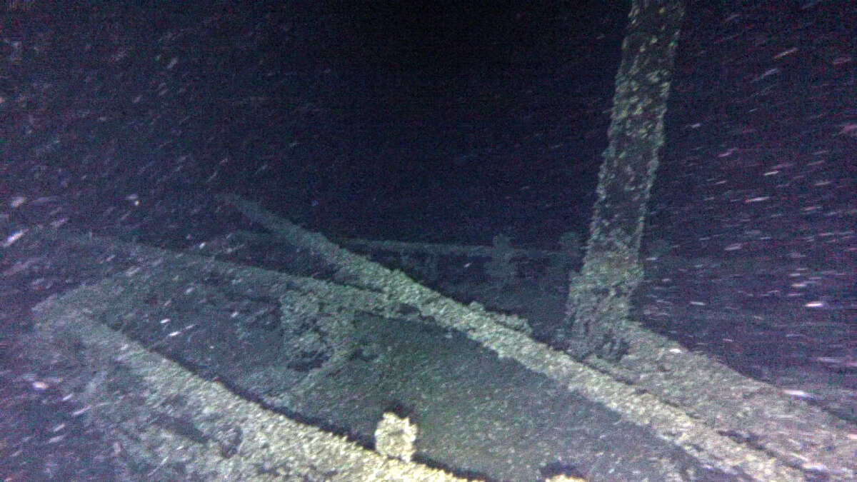 """In this undated photo provided by Roger Pawlowski , the bow area and mast of the """"Black Duck"""" is shown in 350 feet of water off Oswego, N.Y. Underwater explorers say they've found the 144-year-old Lake Ontario shipwreck of the rare sailing vessel that typically wasn't used on the Great Lakes. Western New York-based explorers Jim Kennard and Roger Pawlowski announced Friday, Nov. 25, 2016, that they identified the wreck as the Black Duck in September, three years after initially coming across it using side-scan sonar in 350 feet of water off Oswego, NY. (Roger Pawlowski via AP) ORG XMIT: NYR401"""