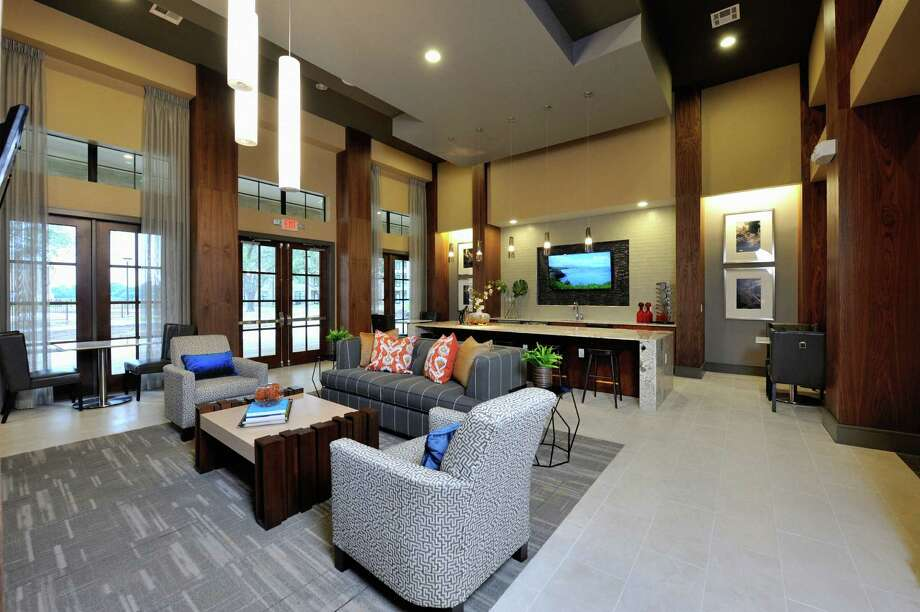 Alliance Residential Co. has opened Broadstone Falcon Landing,  a 386-unit complex at 3300 Falcon Landing Blvd., Katy. Photo: Alliance Residential Co.