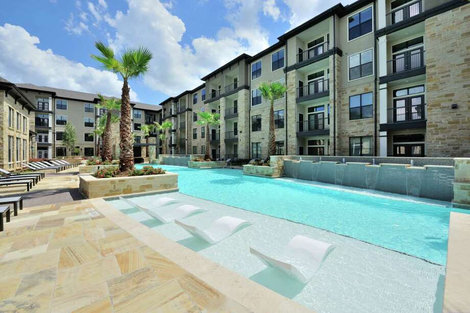 Alliance  Residential Co. has opened Broadstone Woodmill Creek at 1835 Woodland Field Crossing in The Woodlands. The developer plans a new midrise on North Shepherd at the site of a former tortilla factory.