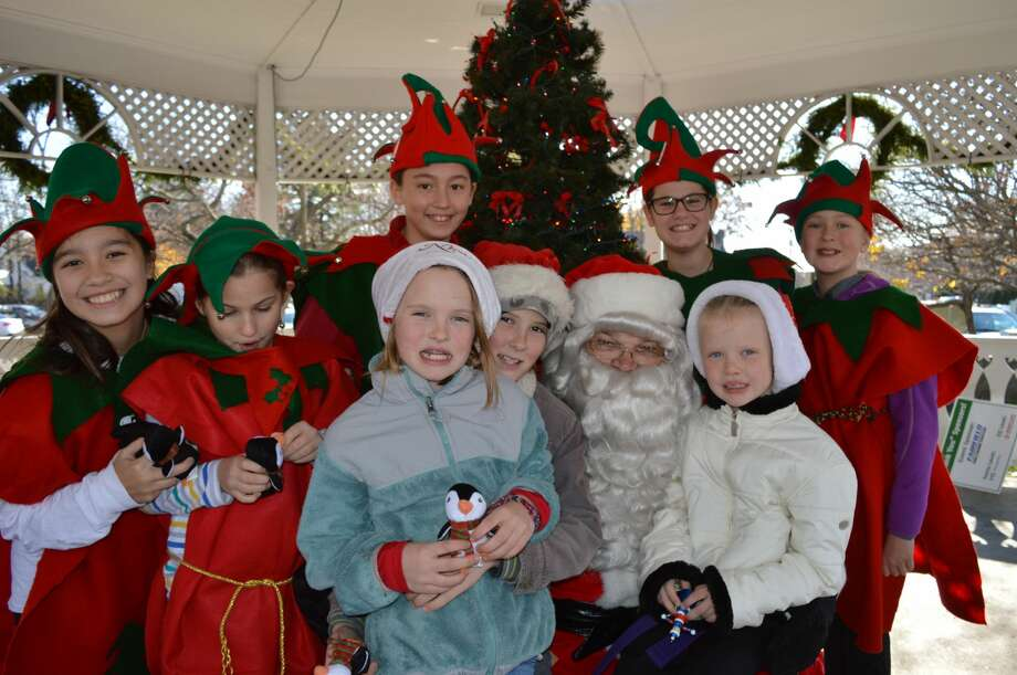 Santa arrived at Sherman Green in Fairfield on November 26, 2016. Families enjoyed horse and wagon rides, a petting zoo, cider and cookies and, of course, a visit with Santa himself. Were you SEEN? Photo: Todd Tracy / Hearst CT Media