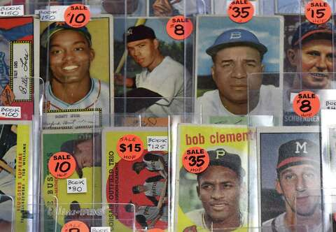 Photos Sports Memorabilia Show In Albany Times Union
