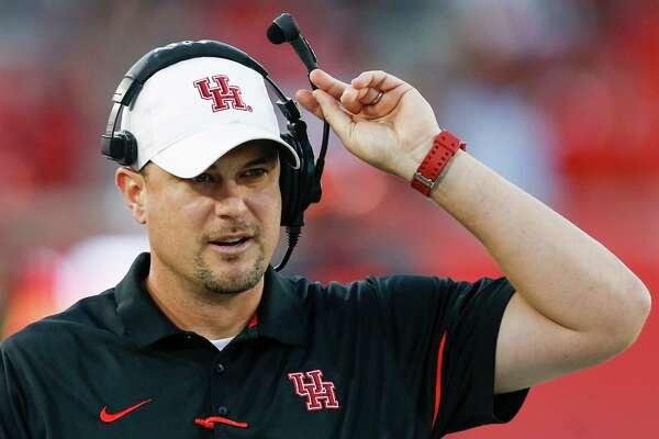Houston head coach Tom Herman walks up the sidelines during the first quarter of an NCAA football game against Connecticut at TDECU Stadium on Thursday, Sept. 29, 2016, in Houston. ( Brett Coomer / Houston Chronicle )