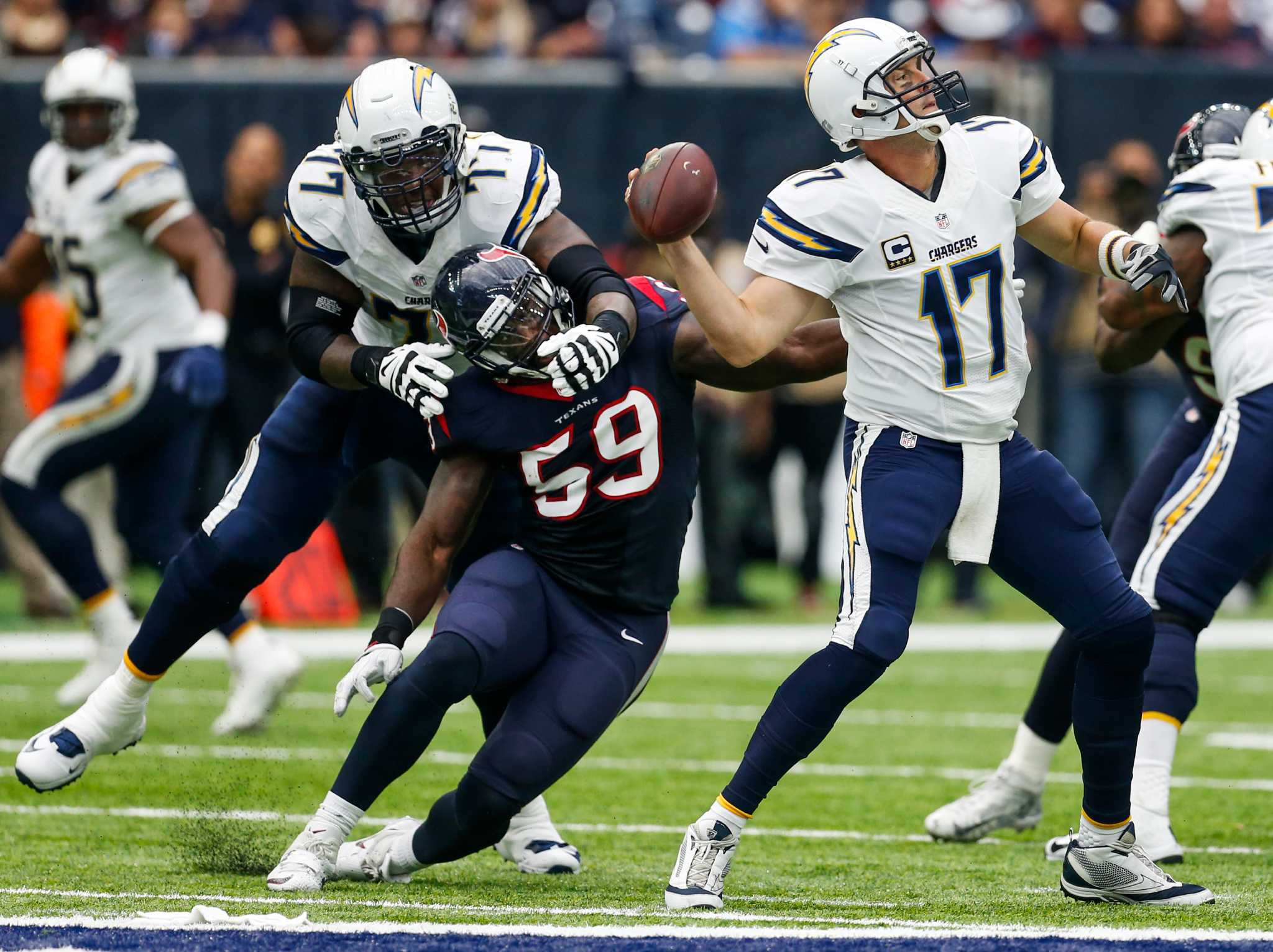 Smith: Texans can make early statement with win at Chargers
