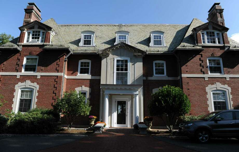 The public spaces of the governor's executive residence were renovated recently, courtesy of Connecticut Cottages & Gardens magazine. Photo: Autumn Driscoll / Autumn Driscoll