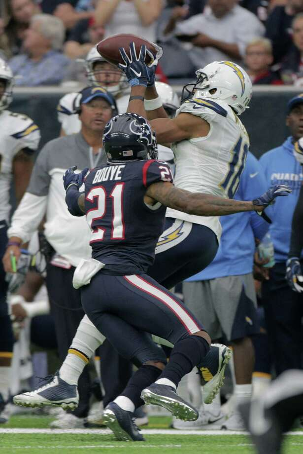 San Diego Chargers wide receiver Tyrell Williams (16) can't hold onto a pass as Houston Texans cornerback A.J. Bouye (21) has his covered in the second quarter on Sunday, Nov. 27, 2016, in Houston. Photo: Elizabeth Conley, Houston Chronicle / © 2016 Houston Chronicle