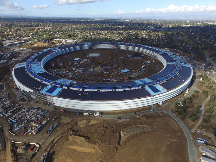 Drone footage of Apple Campus 2 in Cupertino shows the latest developments in construction of the new, $5 billion property. Photo: Courtesy David Sexton / Sexton Photography