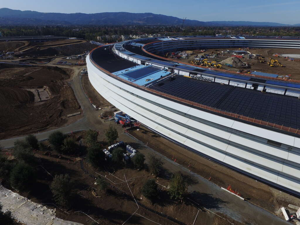 New drone footage shows progress of Apples spaceship campus