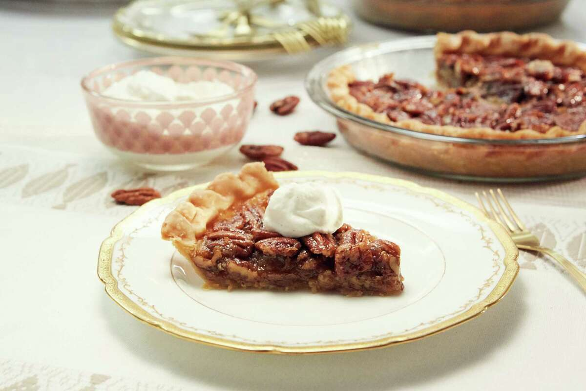 Try pies instead of cakes for guest. Flavors will vary and the dry-out won't happen. Pictured: Bourbon Pecan Pie with Vanilla Whipped Cream by Tiffani Thiessen