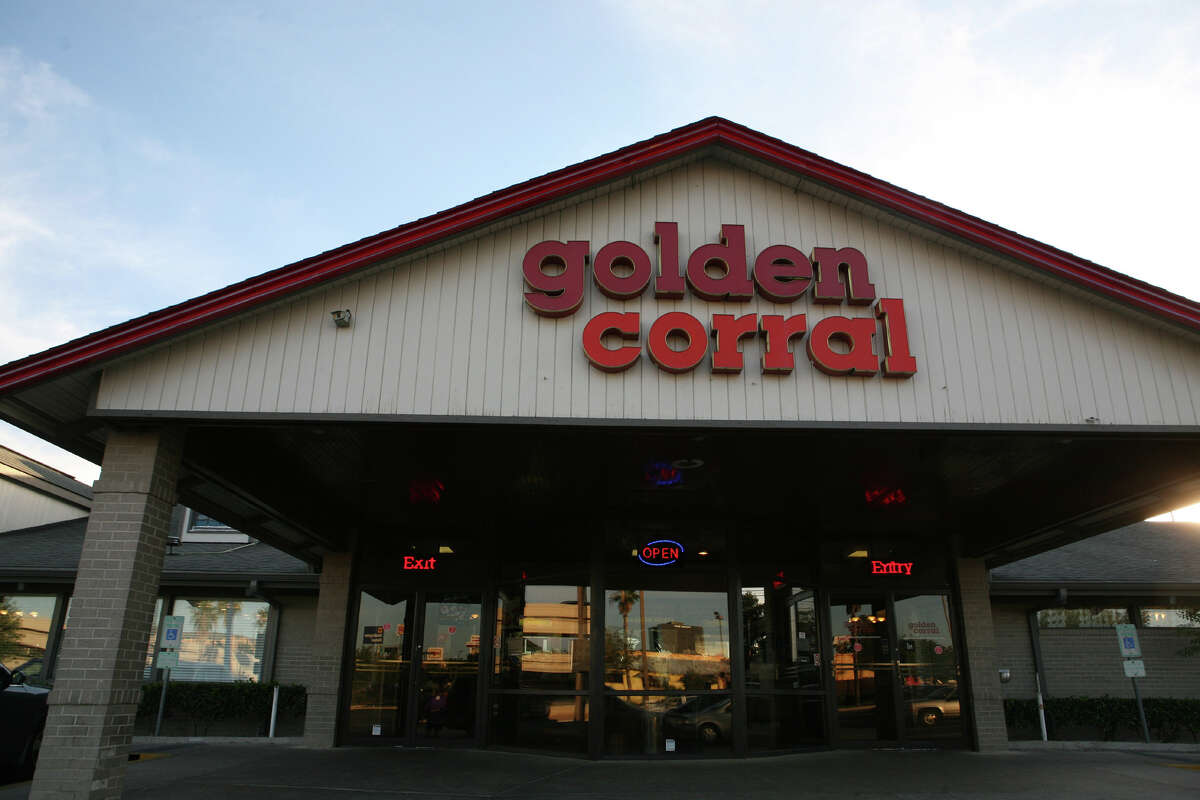 A Golden Corral restaurant before the company updated its locations.