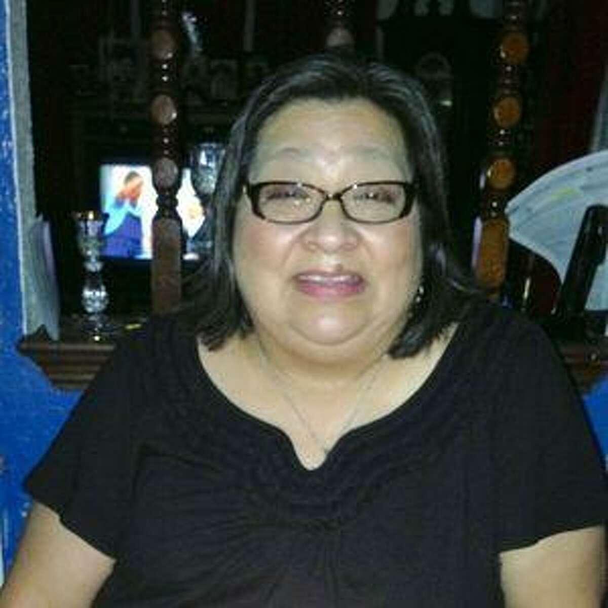 Gloria De Luna was a devoted mother, active member of her parish and longtime VIA employee.
