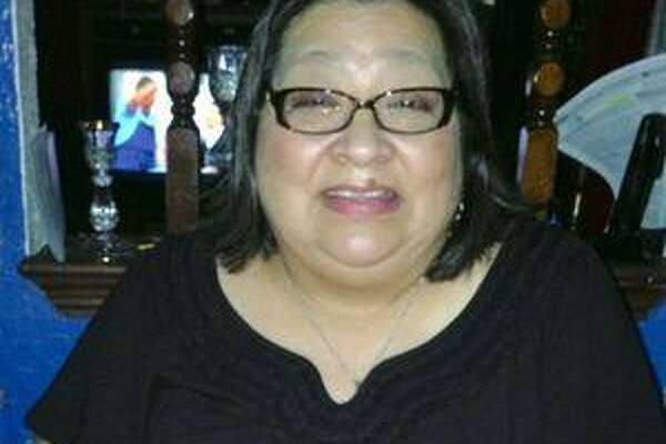 Gloria De Luna was a devoted mother, active member of her parish and longtime VIA employee.