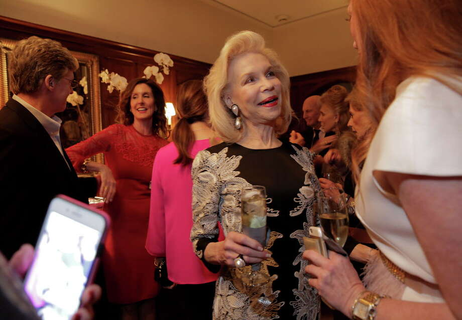 Lynn Wyatt, second from right, arrives at a party for the announcement of her being the 2017 Texas Medal of Arts Award honoree for Individual Arts Patron a party for the announcement at Phoebe and Bobby Tudor's home on Monday, Nov. 28, 2016, in Houston. Photo: Elizabeth Conley, Houston Chronicle / © 2016 Houston Chronicle