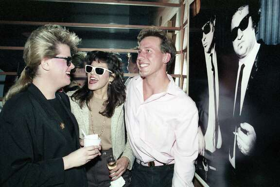Linda Hansen, left, Deborah Bravo and Bryan Fonshee at R & R nightclub, Alabama at Rice, Nov. 25, 1986.