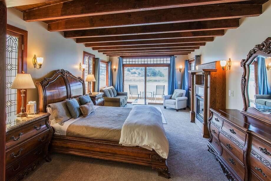 82 inch fireplace mantel