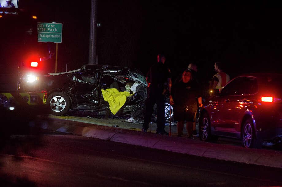 Car accident at Wetmore and Wurzbach Parkway, Tuesday, Nov. 29 2016. Photo: Alma E. Hernandez, Alma E. Hernandez / For The San Antonio Express News
