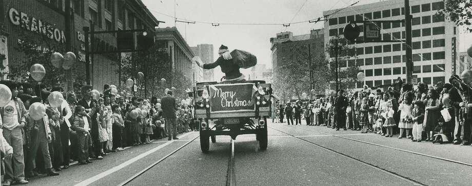 Santa parade down Market Street, downtown San Francisco, sponsored by the old Emporium Capwell store, Nov, 21, 1982. Photo: Frederic Larson, San Francisco Chronicle