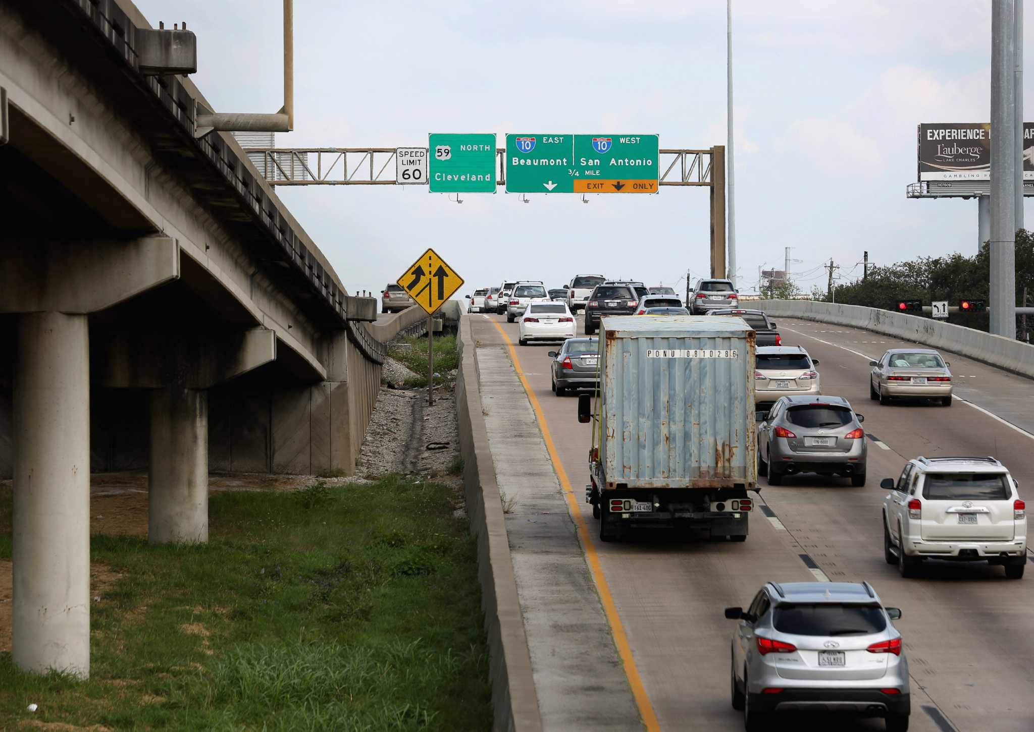 Weather delays downtown Houston freeway closing