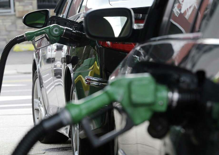 The Obama administration has decided not to change government fuel economy requirements for cars and light trucks despite protests from automakers. Photo: Julio Cortez /Associated Press / Copyright 2016 The Associated Press. All rights reserved. This material may not be published, broadcast, rewritten or redistribu