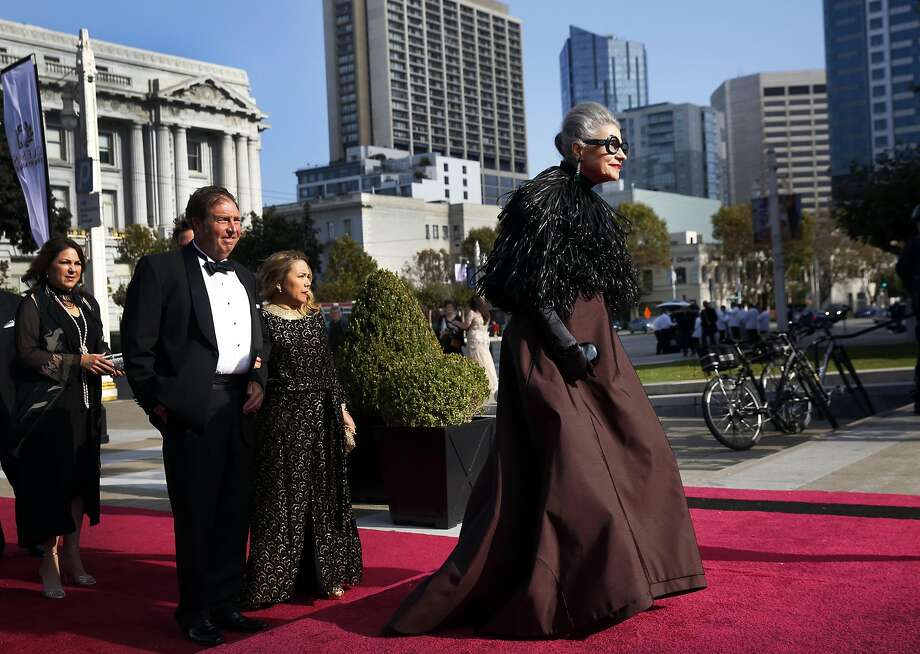 Joy Bianchi walks down the red carpet before the Opera Ball, celebrating the opening night of the San Francisco Opera in September 2016. Photo: Leah Millis, The Chronicle